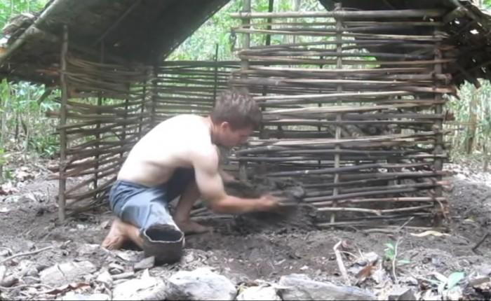 Construire sa cabane tout confort en 3 minutes !