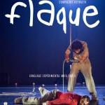 Flaque de la compagnie Defracto – Un voyage au présent out of the box