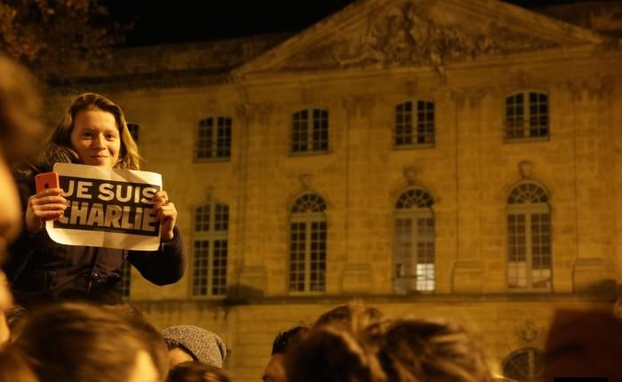 Je Suis Charlie – Reportage micro-trottoir – Manifestation Populaire – Jeudi 8, Aix en Provence